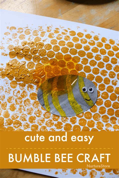 easy bee craft  kids bubble wrap bee art nurturestore