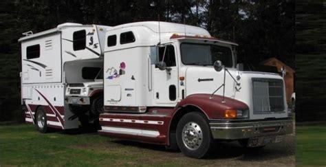 camper  car hauler