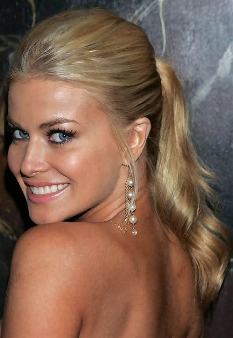 Carmen Electra Hairstyles: Loose Ponytail   Pretty Designs