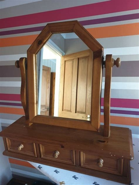 solid pine dressing table mirror with drawers in