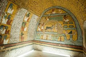 The opening of Four New Kingdom Tombs in Luxor - ELMENS