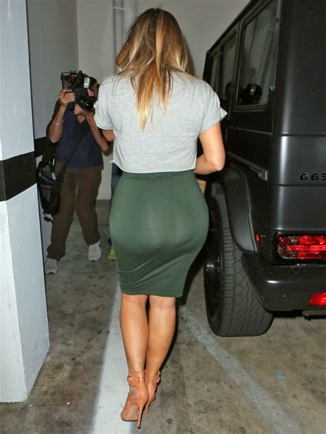 Kim Kardashian Show Off Her Pantyless Big Butts Nude Celebrities