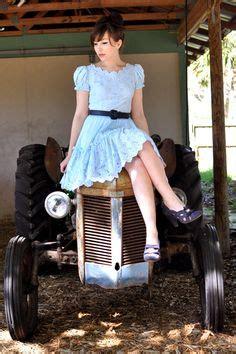 Country Girl Short Dresses