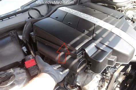 repair voice data communications 2001 chrysler lhs interior lighting removing engine cover on a 2001 mercedes benz e class mercedes benz w211 engine cover