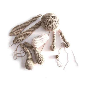 peluche de crochet conejita amigurumi orejas largas creativa atelier