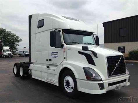 2013 volvo truck commercial volvo vnl64t670 2013 sleeper semi trucks