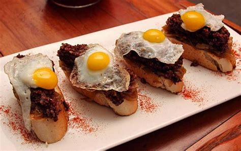 savoury canapes tapas tour barcelona enabled