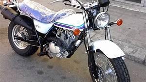 Suzuki Vanvan 125 : suzuki van van 125 due ruote reggio calabria youtube ~ Medecine-chirurgie-esthetiques.com Avis de Voitures