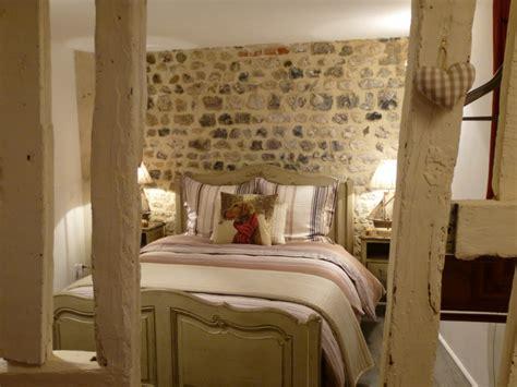 chambre à coucher romantique la chambre chêtre à honfleur chez reglisse d 39 epices