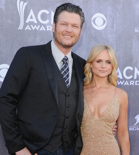 shelton divorce miranda lambert flaunts her incredible curves in plunging blue gown 2 life style
