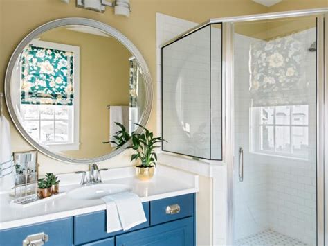 Vanity Guest List by Pictures Of The Hgtv Smart Home 2016 Guest Bathroom Hgtv