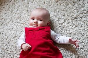 Photo De Bébé Fille : christmas baby premier no l premi re boule mon blog ~ Melissatoandfro.com Idées de Décoration