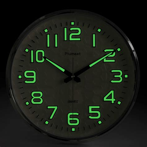 plumeet light function 13 inch wall clock with