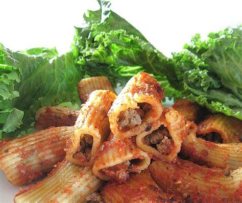 la cuisine de ma m鑽e ma cuisine de tous les jours rigatonis farcis à la viande et à la saucisse