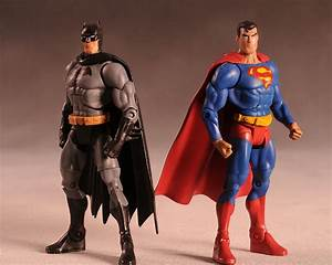 Review and photos of Batman, Superman Public Enemies ...