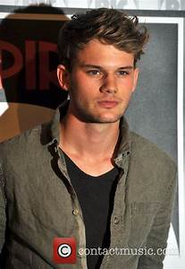 Jeremy Irvine - poses for photographers before an 'Empire ...