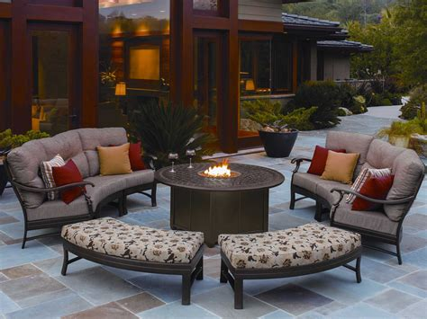 That's what's so great about the table versions. Tropitone Garden Terrace Aluminum 55 Round Fire Pit Table ...