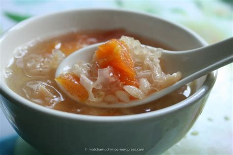 sweet soup papaya snow fungus traditional sweet soup 雪耳冰糖燉木瓜 matchamochi