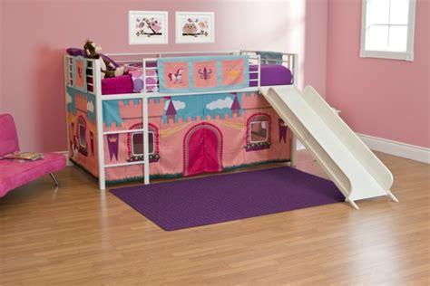 toboggan chambre le lit mezzanine toboggan pour le plaisir de vos chers