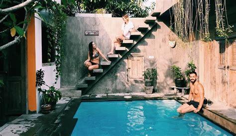 tempat menginap jogja bergaya tropis serasa  bali