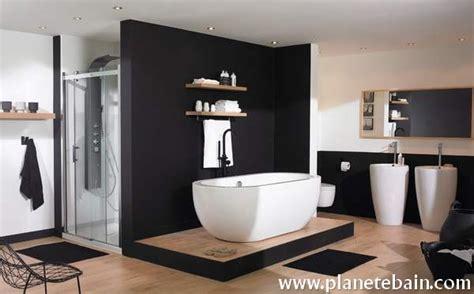 cuisine italienne contemporaine salle de bain noir et blanc idées et inspirations