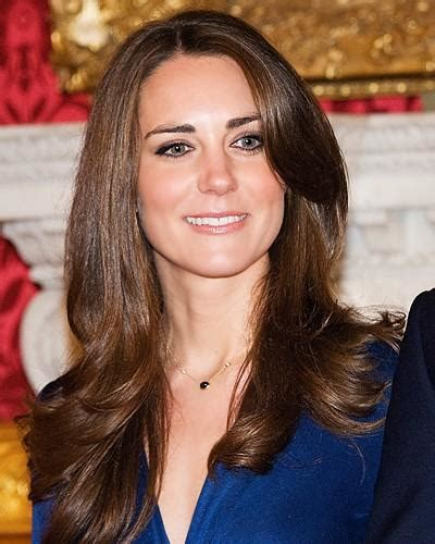 catherine duchess  cambridge long hairstyles