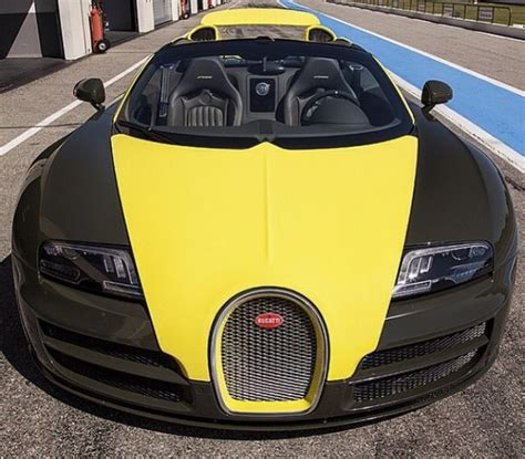 yellow bugatti black and yellow bugatti cars pinterest