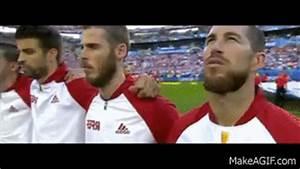 Gif Animé Doigt D Honneur : euro 2016 le joueur catalan g rard piqu a t il fait un ~ Medecine-chirurgie-esthetiques.com Avis de Voitures