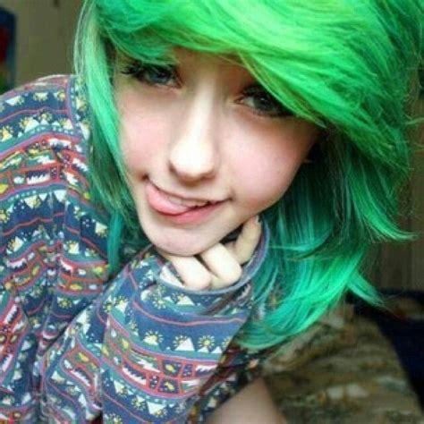 Julianna Cant Fly Emo Girl Green Hair Blue Eyes Emos