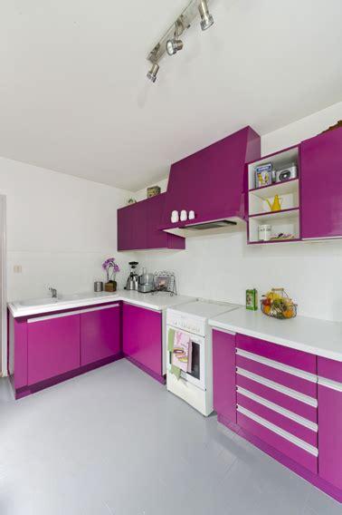 repeindre des meubles de cuisine en bois peindre meubles cuisine avec peinture pour bois sans poncer