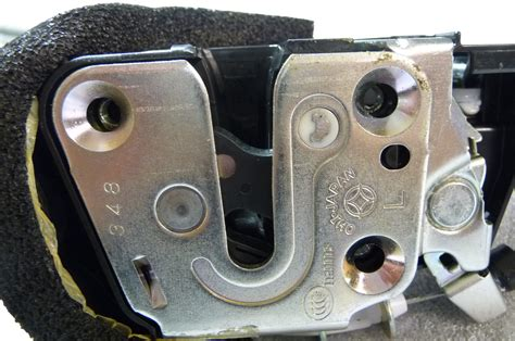 infiniti g35 g37 coupe left driver front door lock actuator 80501 jl00b oem oe la global parts