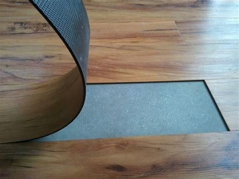 piastrelle pvc adesive quando scegliere le piastrelle in pvc le piastrelle