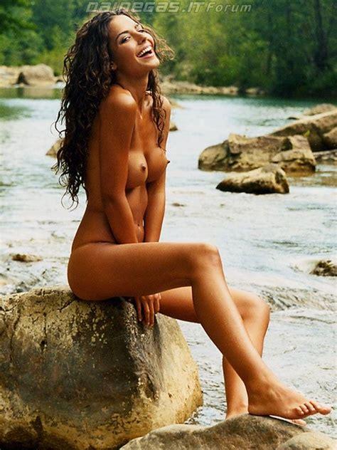 Laura Barriales Nude