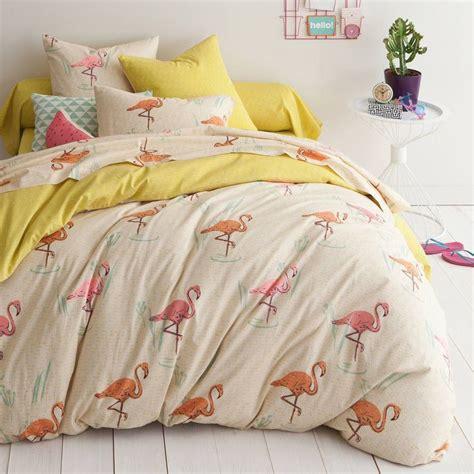 housse de couette flamant les 14 meilleures images du tableau housses de couette tropicales sur linge de lit