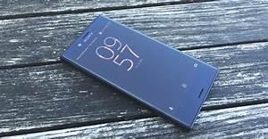 Kompakte Smartphones 2016 : hands on sony xperia xcompact kleines smartphone mit ~ Jslefanu.com Haus und Dekorationen