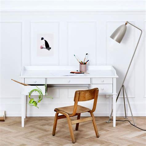 oliver furniture seaside skrivebord junior lirumlarumleg