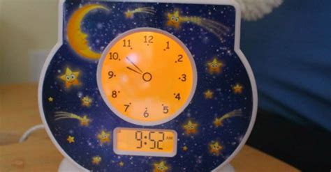 toddler clock get kids to sleep and not wake too early with a toddler