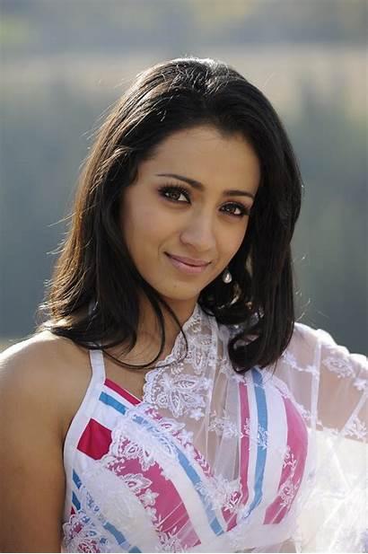 Trisha Saree Stills Latest Krishnan Actress Wallpapers