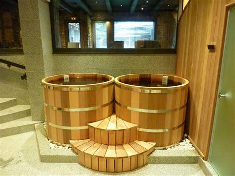 bain japonais ofuro en bois fabriqu 233 en france o biozz