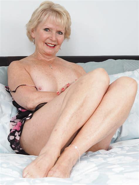 British Blonde Gilf Imgs