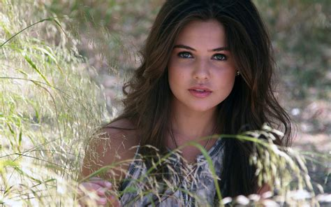danielle campbell  wallpapers hd wallpapers id