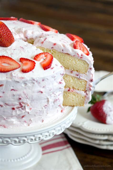 fresh strawberry cake recipe  strawberry whipped cream
