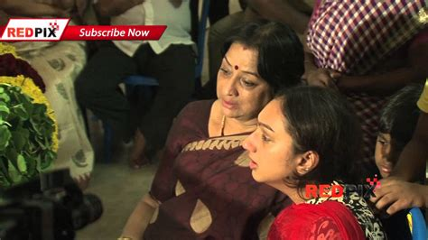 kannada actress kalpana funeral actress meena and lakshmi pay homage veteran actress