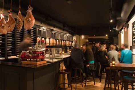 philadelphia cuisine 20 great restaurants in city and philadelphia s historic district visit philadelphia