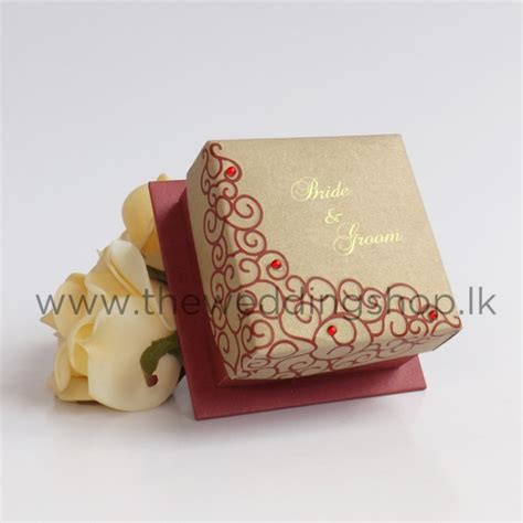 dark red gold wedding cake box