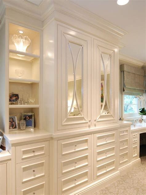 Bedroom Cabinet Design Ideas by Built Ins In The Master The Peak Of Tres Chic
