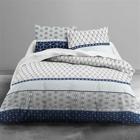 parure de lit bleu parure de lit 224 motifs g 233 om 233 triques linge de lit blanc