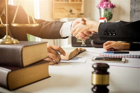 Types Of Lawyers - What They Do - Lawyer Singapore
