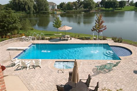 Deer Park, Il Swimming Pool And Hot Tub With Sunshelf
