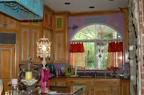 country kitchen cabinets pictures 1000 images about whimsical kitchen ideas on 6007